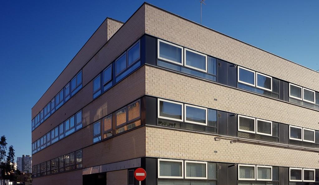 plaza-24-hand-architecture-sergio-de-miguel