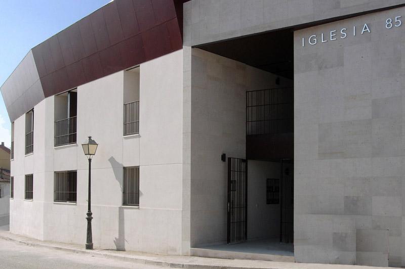 32-uve-morata-hand-architecture-sergio-de-miguel